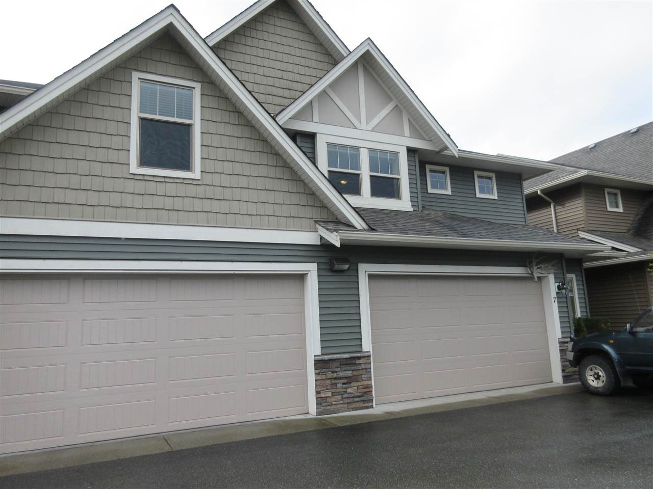 "Main Photo: 7 1854 HEATH Road: Agassiz Townhouse for sale in ""Gallaghers Landing"" : MLS®# R2254470"
