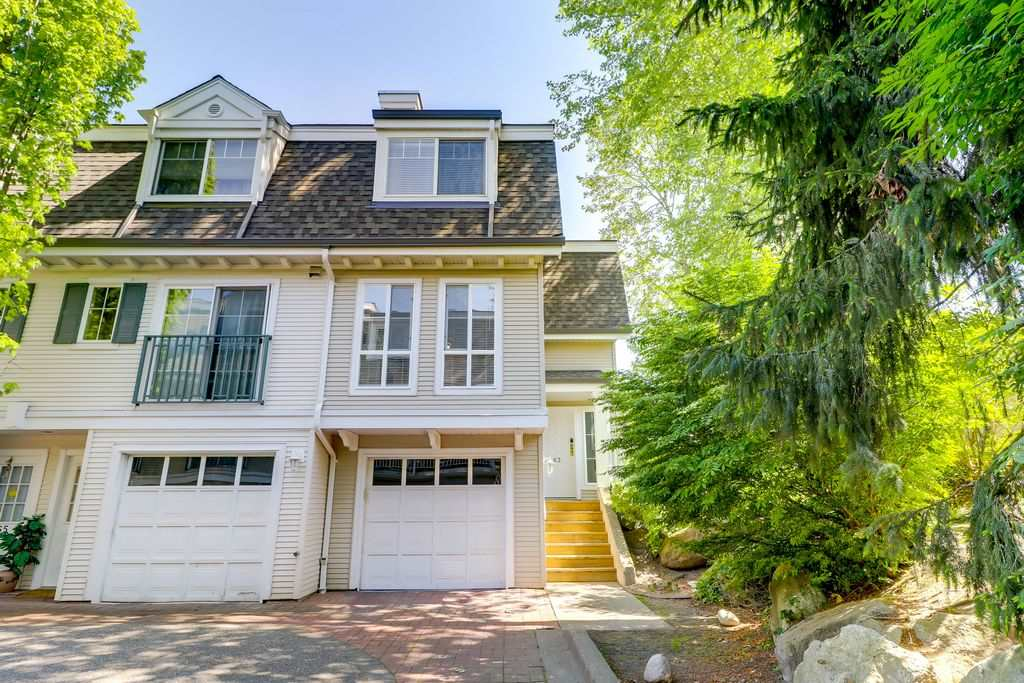 "Main Photo: 63 8930 WALNUT GROVE Drive in Langley: Walnut Grove Townhouse for sale in ""HIGHLAND RIDGE"" : MLS®# R2269629"