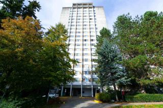"Main Photo: 906 9541 ERICKSON Drive in Burnaby: Sullivan Heights Condo for sale in ""ERICKSON TOWER"" (Burnaby North)  : MLS®# R2311881"