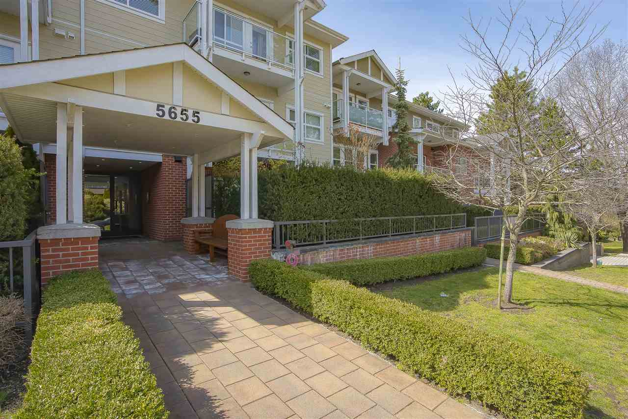 FEATURED LISTING: 210 - 5655 INMAN Avenue Burnaby