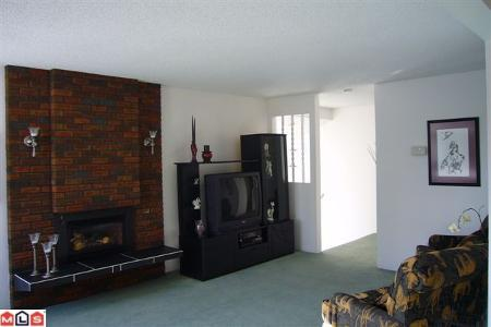 Photo 2: 13333 15B AV in Surrey: House for sale (Crescent Bch Ocean Pk.)  : MLS(r) # F1005381