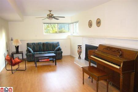 Photo 8: 13333 15B AV in Surrey: House for sale (Crescent Bch Ocean Pk.)  : MLS(r) # F1005381