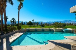 Main Photo: 24 Avenida Andra in Palm Desert: House for sale : MLS® # 21466515