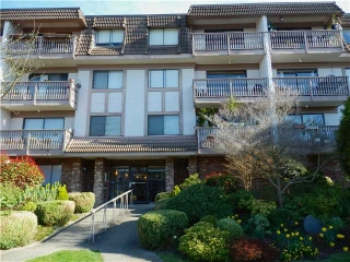 Main Photo: 301 236 W 2ND Street in North Vancouver: Lower Lonsdale Condo for sale : MLS(r) # V997585