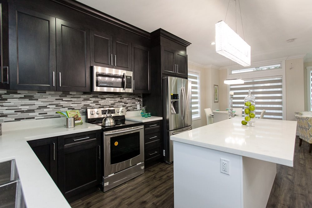 "Photo 10: LT.4B 14388 103 Avenue in Surrey: Whalley Townhouse for sale in ""THE VIRTUE"" (North Surrey)  : MLS® # R2043957"