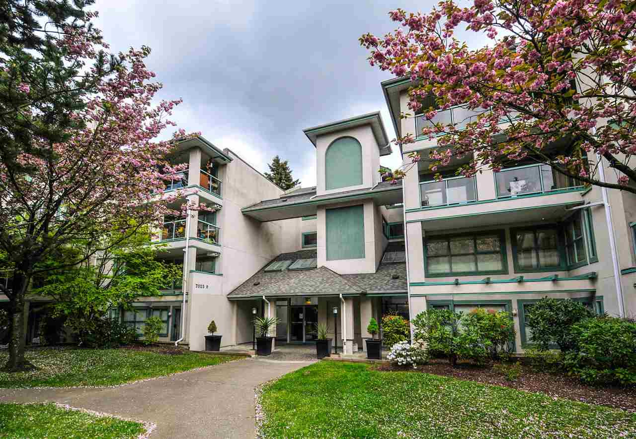 "Main Photo: 202B 7025 STRIDE Avenue in Burnaby: Edmonds BE Condo for sale in ""SOMERSET HILL"" (Burnaby East)  : MLS® # R2056224"