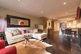 Main Photo: 111 2455 YORK Avenue in Vancouver: Kitsilano Townhouse for sale (Vancouver West)  : MLS(r) # R2062900