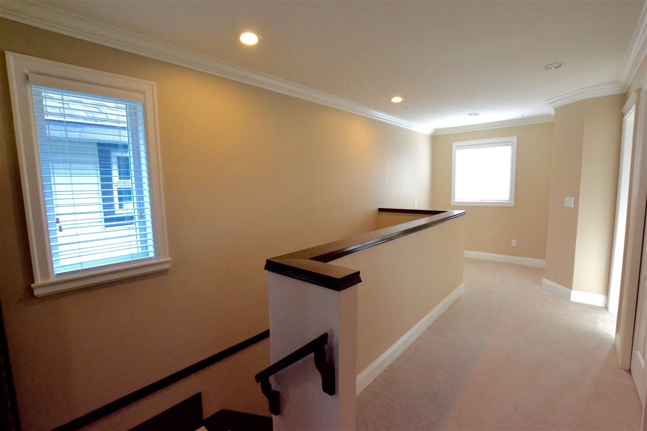 Photo 16: 5922 128 Street in Surrey: Panorama Ridge House for sale : MLS(r) # R2077660