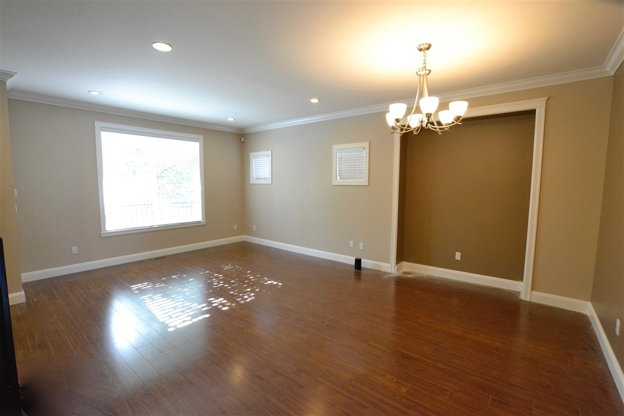 Photo 9: 5922 128 Street in Surrey: Panorama Ridge House for sale : MLS(r) # R2077660