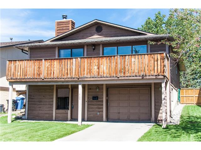 Main Photo: 648 RANCHRIDGE Court NW in Calgary: Ranchlands House for sale : MLS(r) # C4078095