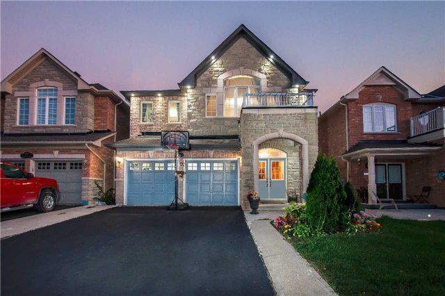 Main Photo: 21 Tatra Crest in Brampton: Bram West House (2-Storey) for sale : MLS(r) # W3605939