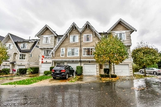 Main Photo: 61 20540 66 Avenue in Langley: Willoughby Heights Townhouse for sale : MLS(r) # R2118461