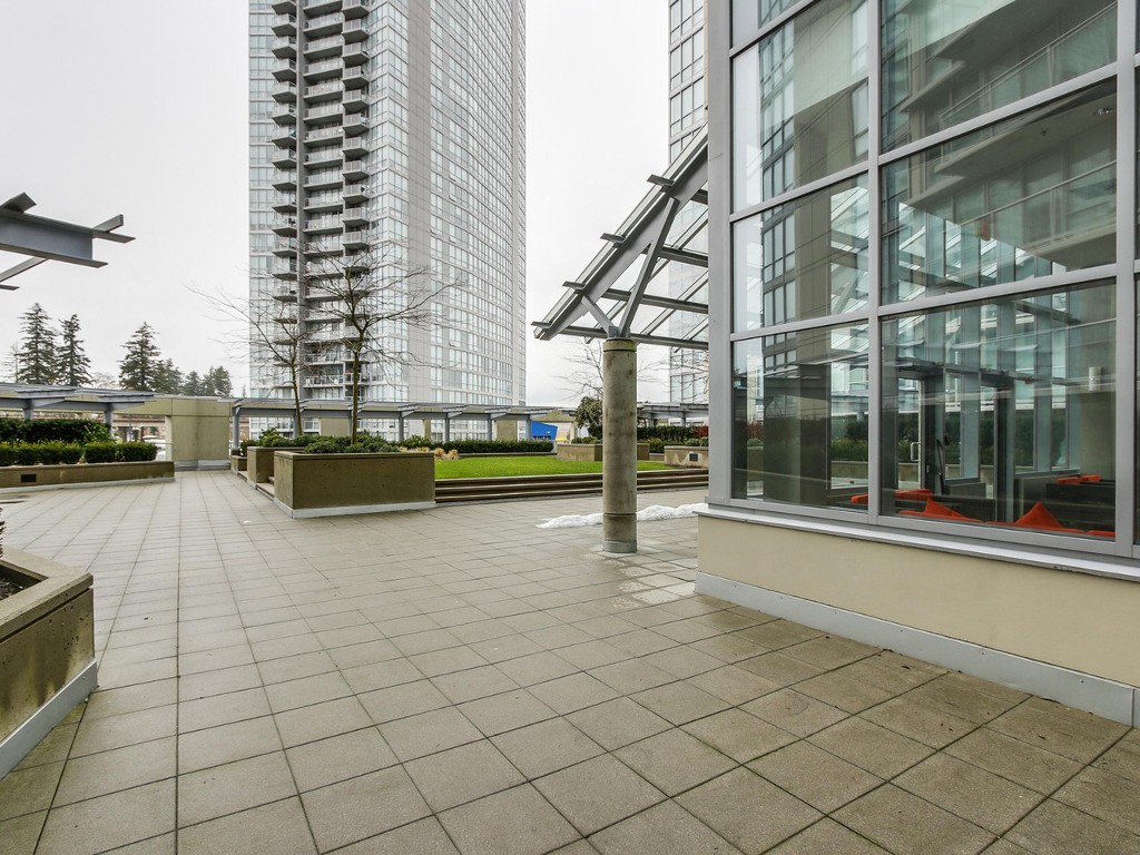 "Photo 24: 1408 9981 WHALLEY Boulevard in Surrey: Whalley Condo for sale in ""Park Place II"" (North Surrey)  : MLS® # R2129602"
