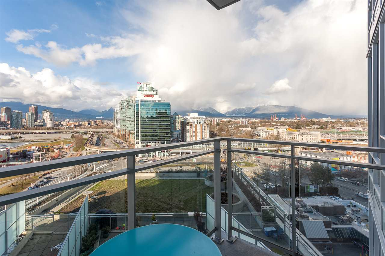 Photo 16: 1706 1618 QUEBEC Street in Vancouver: Mount Pleasant VE Condo for sale (Vancouver East)  : MLS® # R2141441