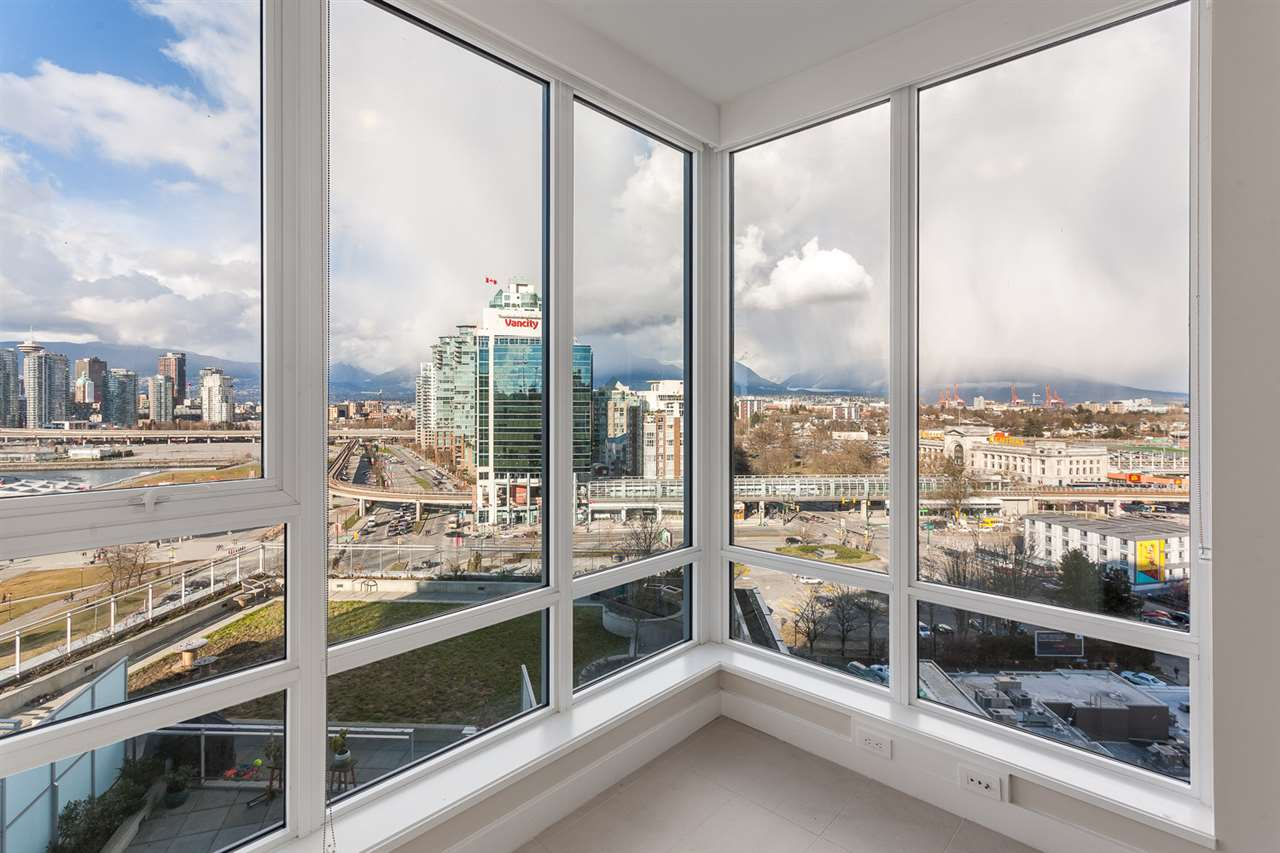 Photo 13: 1706 1618 QUEBEC Street in Vancouver: Mount Pleasant VE Condo for sale (Vancouver East)  : MLS® # R2141441
