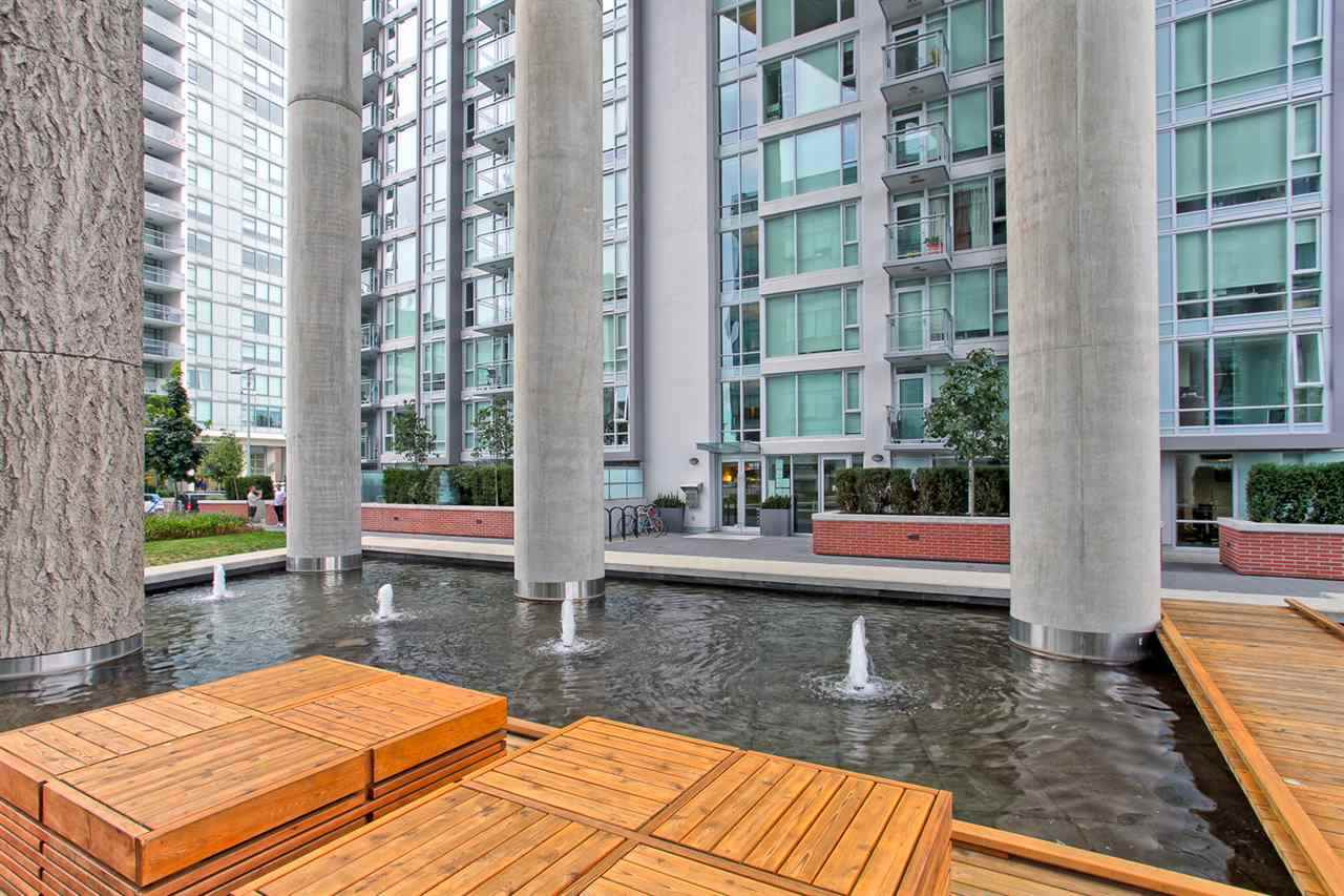 Photo 18: 1706 1618 QUEBEC Street in Vancouver: Mount Pleasant VE Condo for sale (Vancouver East)  : MLS® # R2141441