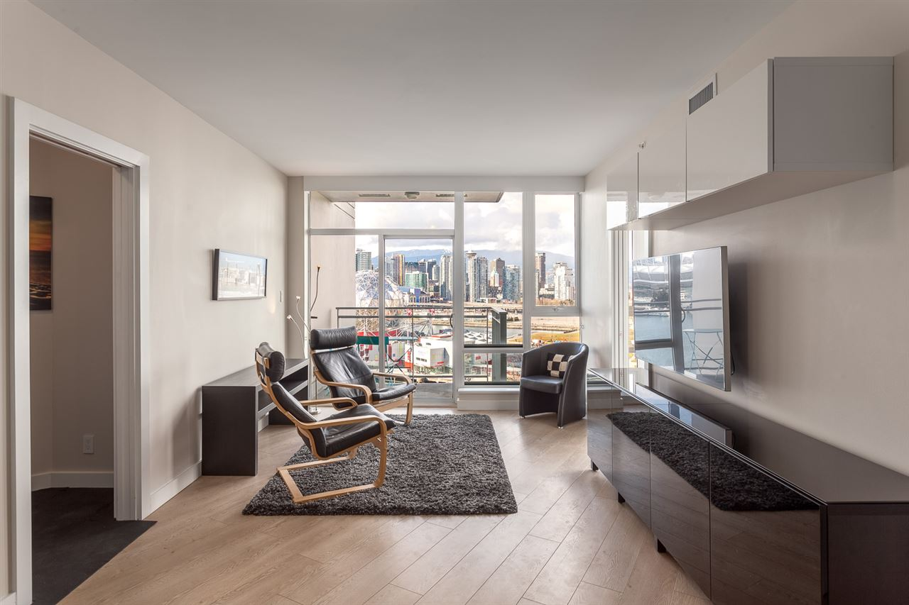 Photo 6: 1706 1618 QUEBEC Street in Vancouver: Mount Pleasant VE Condo for sale (Vancouver East)  : MLS® # R2141441