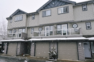 "Main Photo: 50 11229 232 Street in Maple Ridge: East Central Townhouse for sale in ""Foxfield"" : MLS(r) # R2142089"