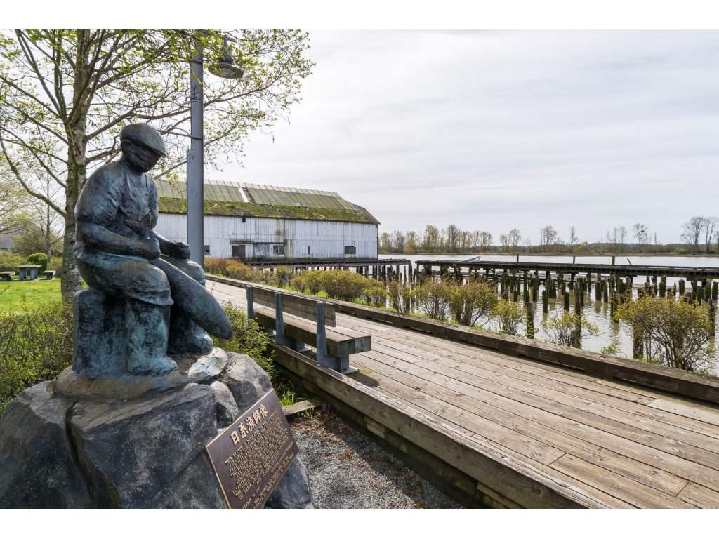 "Photo 19: 236 12875 RAILWAY Avenue in Richmond: Steveston South Condo for sale in ""WESTWATER VIEWS"" : MLS® # R2155770"