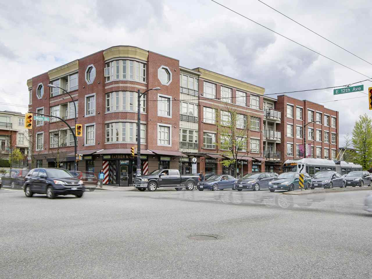 "Photo 14: 403 2828 MAIN Street in Vancouver: Mount Pleasant VE Condo for sale in ""DOMAIN"" (Vancouver East)  : MLS® # R2157426"