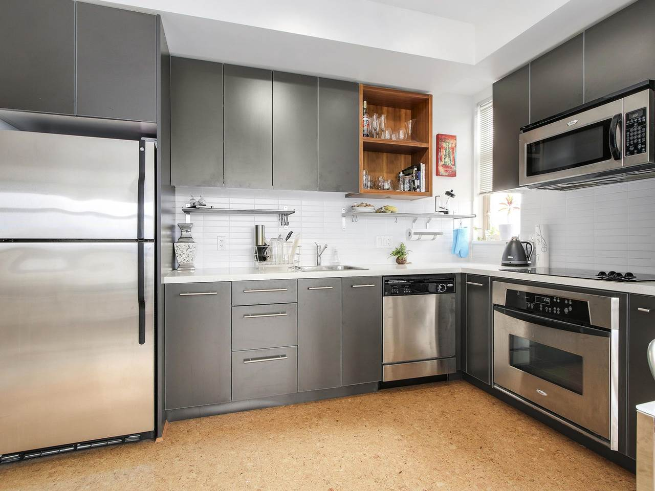"Photo 6: 403 2828 MAIN Street in Vancouver: Mount Pleasant VE Condo for sale in ""DOMAIN"" (Vancouver East)  : MLS® # R2157426"