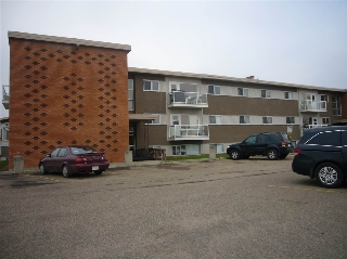 Main Photo: 12 6103 98 Avenue in Edmonton: Zone 18 Condo for sale : MLS(r) # E4061536