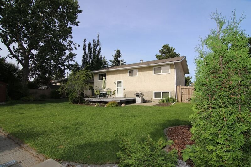 Photo 24: 6 LUCERNE Crescent: St. Albert House for sale : MLS(r) # E4070009