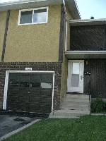 Main Photo: 10616 158 Avenue in Edmonton: Zone 27 Townhouse for sale : MLS(r) # E4071232
