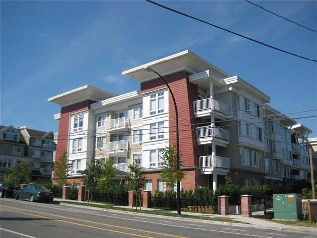"Main Photo: 316 12283 224 Street in Maple Ridge: West Central Condo for sale in ""THE MAXX"" : MLS(r) # R2188010"