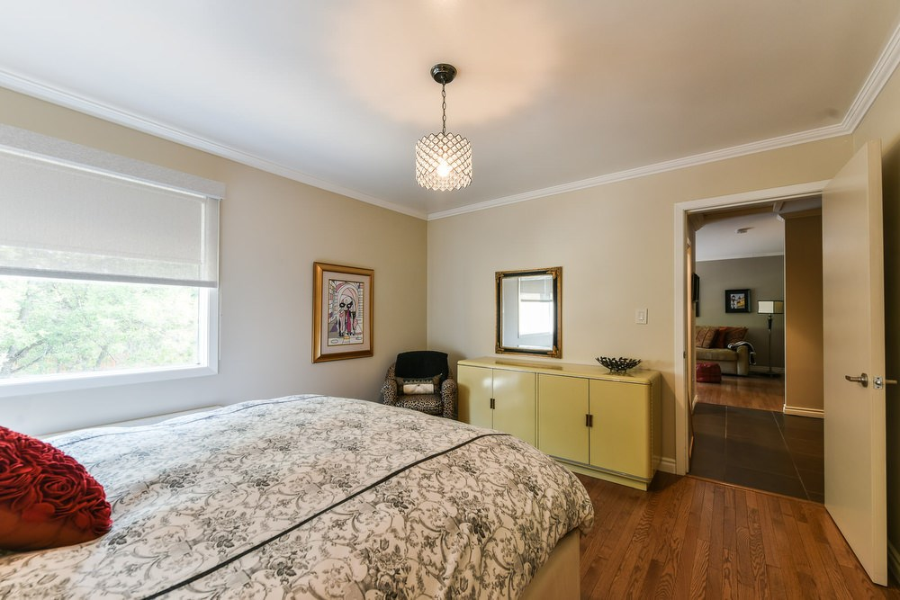 additional spacious bedroom is located on the upper level