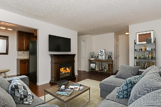 Main Photo: 301 9725 82 Avenue in Edmonton: Zone 17 Condo for sale : MLS® # E4083366