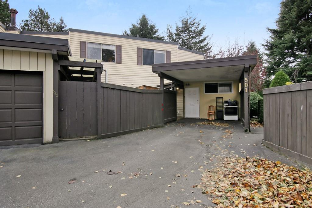 "Photo 1: Photos: 501 2445 WARE Street in Abbotsford: Central Abbotsford Townhouse for sale in ""Lakeside Terrace"" : MLS® # R2219739"