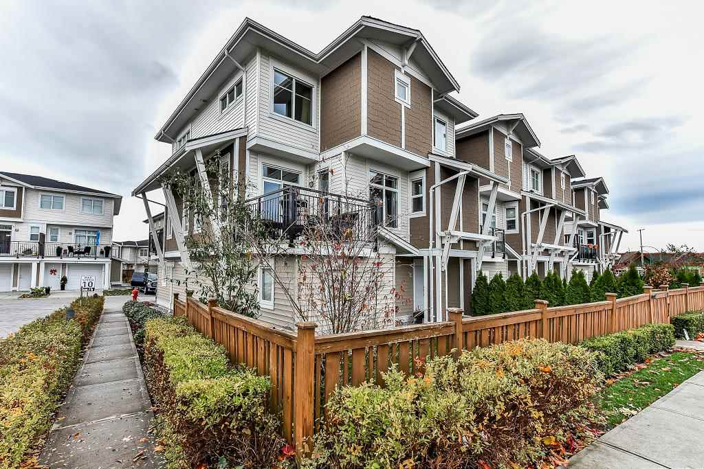 "Main Photo: 33 19433 68 Avenue in Surrey: Clayton Townhouse for sale in ""THE GROVE"" (Cloverdale)  : MLS® # R2221364"