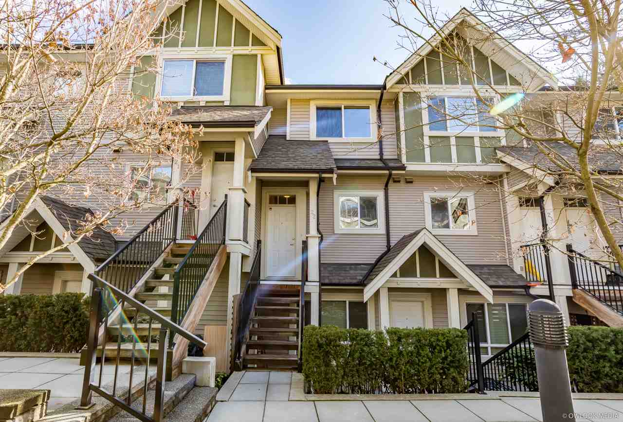 "Main Photo: 22 6888 RUMBLE Street in Burnaby: South Slope Townhouse for sale in ""SOUTH SLOPE"" (Burnaby South)  : MLS®# R2246666"