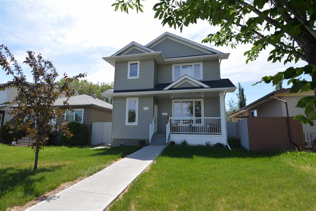 Main Photo: 7327 83 Avenue NW in Edmonton: Zone 18 House for sale : MLS®# E4102889