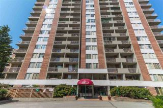 "Main Photo: 101 2016 FULLERTON Avenue in North Vancouver: Pemberton NV Condo for sale in ""Woodcroft Estates"" : MLS®# R2291908"