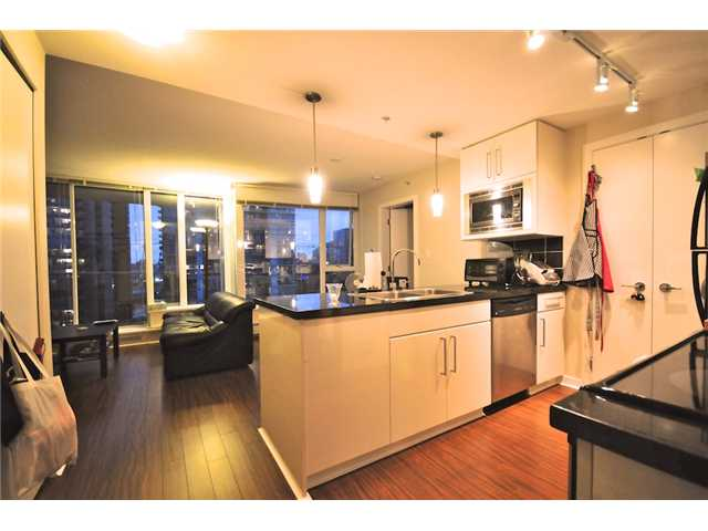 Main Photo: 2101 188 KEEFER Place in Vancouver: Downtown VW Condo for sale (Vancouver West)  : MLS(r) # V872781