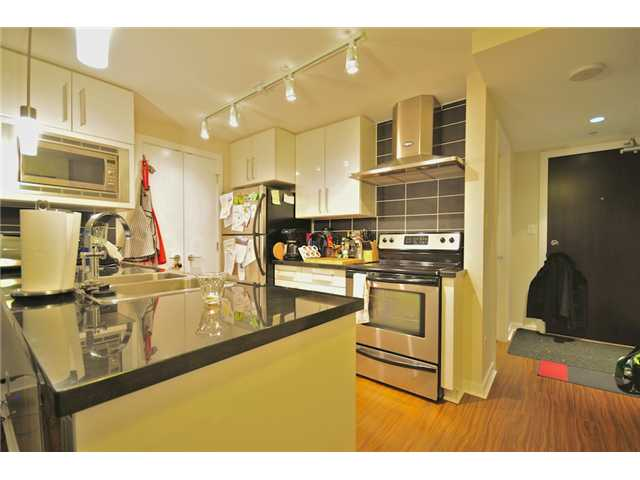 Photo 3: 2101 188 KEEFER Place in Vancouver: Downtown VW Condo for sale (Vancouver West)  : MLS(r) # V872781