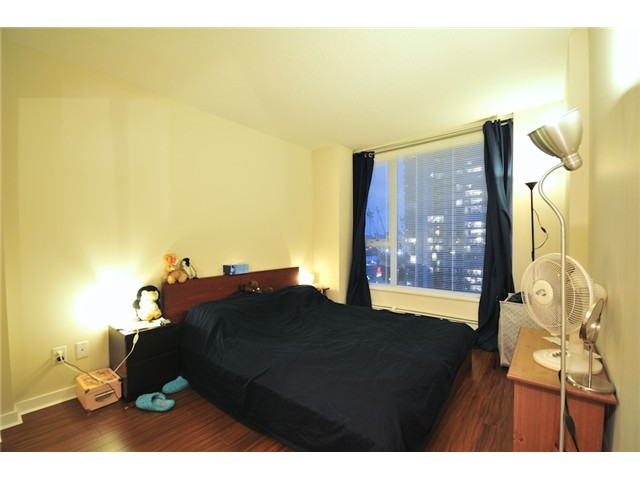 Photo 7: 2101 188 KEEFER Place in Vancouver: Downtown VW Condo for sale (Vancouver West)  : MLS(r) # V872781