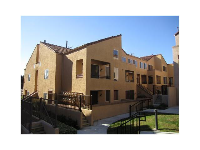Main Photo: UNIVERSITY CITY Condo for sale : 2 bedrooms : 3929 Nobel Drive #88 in San Diego