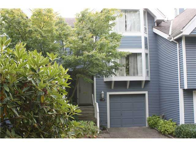 Main Photo: 3387 FLAGSTAFF Place in Vancouver: Champlain Heights Townhouse for sale (Vancouver East)  : MLS® # V1054432