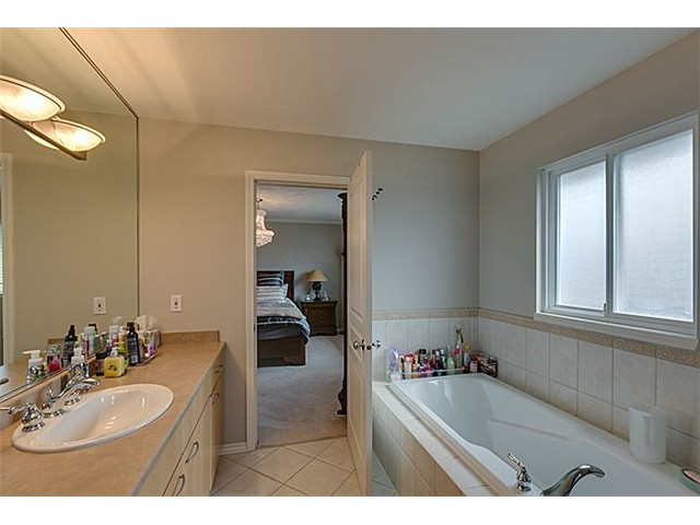 Photo 14: 10502 SHEPHERD Drive in Richmond: West Cambie House for sale : MLS® # V1087345
