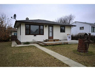 Main Photo: 9936 162 Street NW in Edmonton: Zone 22 House for sale : MLS(r) # E3394293