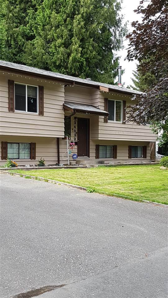 Main Photo: 34833 LABURNUM Avenue in Abbotsford: Abbotsford East House for sale : MLS® # R2084825