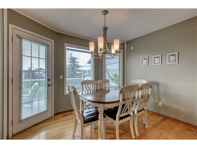 Photo 9: 216 CITADEL HILLS Place NW in Calgary: Citadel House for sale : MLS® # C4072554
