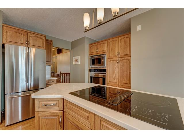 Photo 7: 216 CITADEL HILLS Place NW in Calgary: Citadel House for sale : MLS® # C4072554