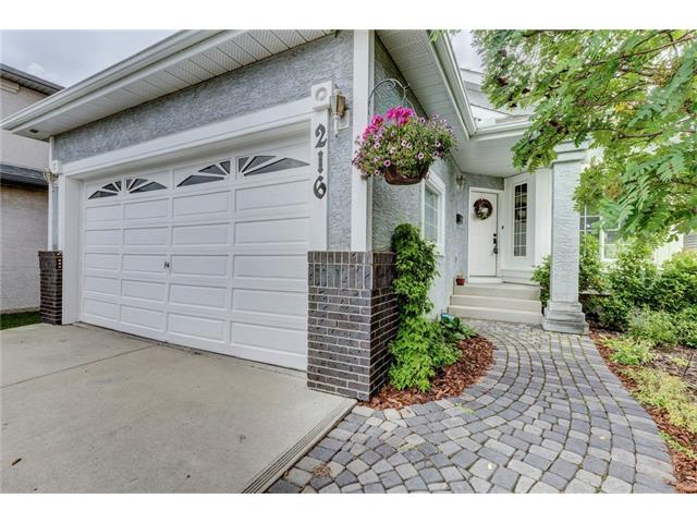 Main Photo: 216 CITADEL HILLS Place NW in Calgary: Citadel House for sale : MLS® # C4072554