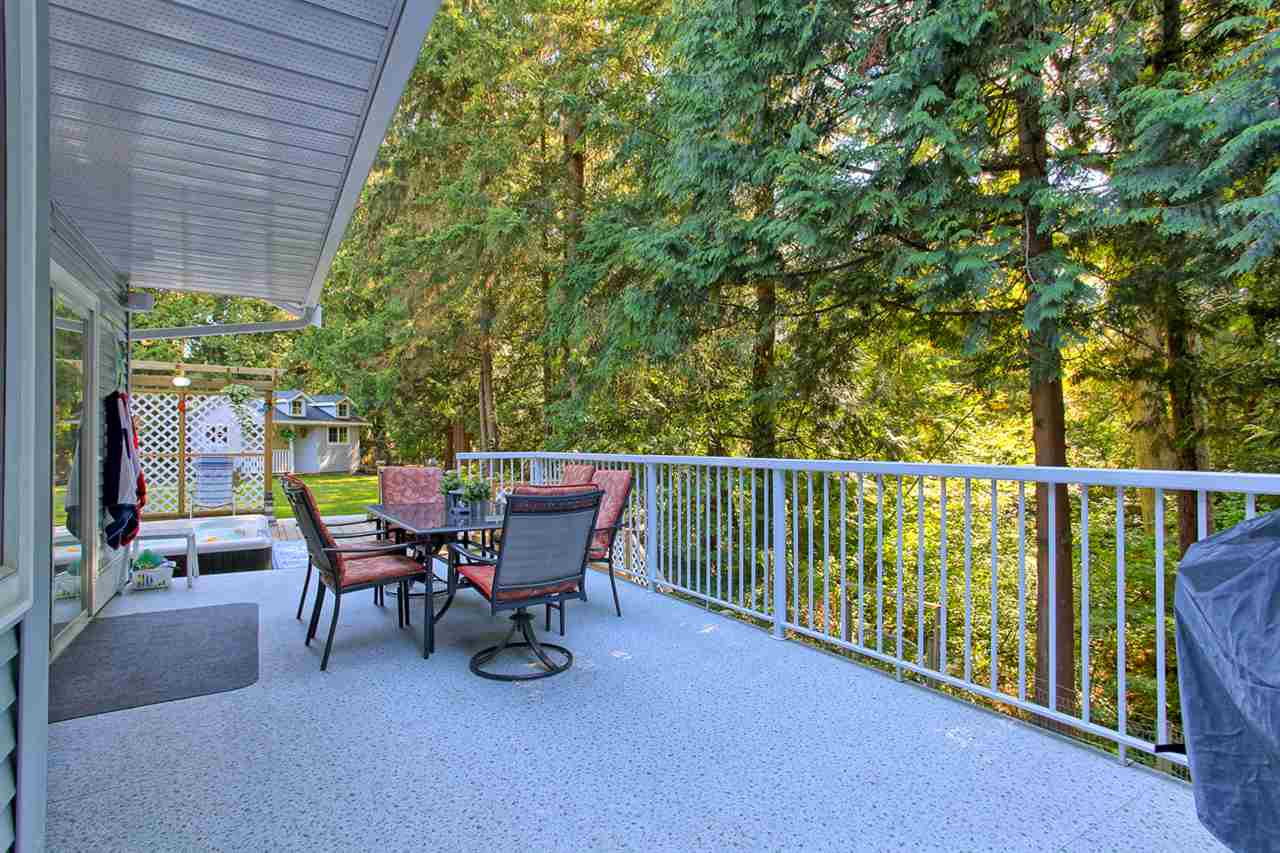"Photo 17: 20180 41A Avenue in Langley: Brookswood Langley House for sale in ""Brookswood"" : MLS(r) # R2109407"