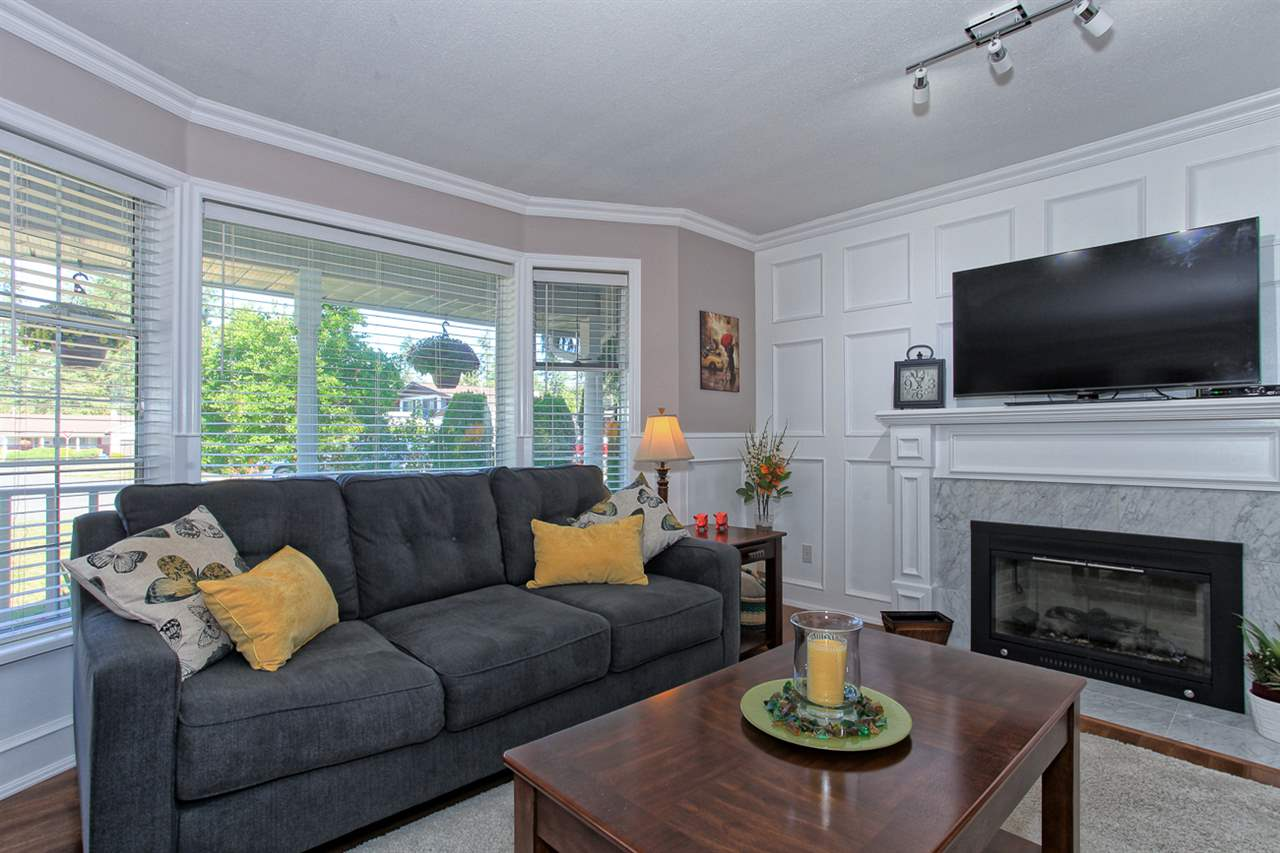 "Photo 5: 20180 41A Avenue in Langley: Brookswood Langley House for sale in ""Brookswood"" : MLS® # R2109407"