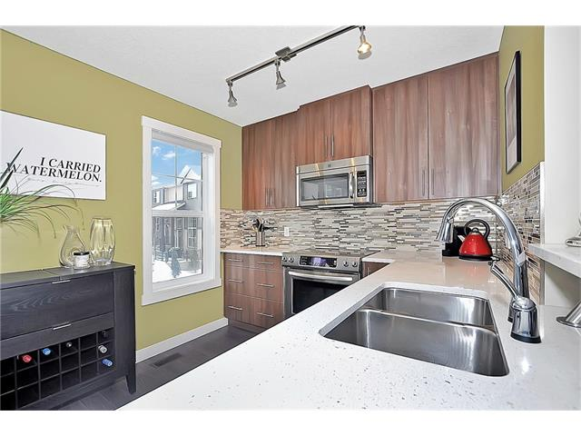 Photo 12: 804 MCKENZIE TOWNE Common SE in Calgary: McKenzie Towne House for sale : MLS(r) # C4084559